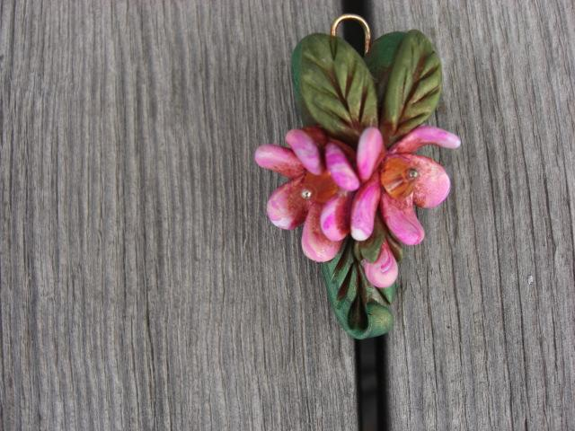 Duet - Two polymer clay flowers embelished with swarovski rondells.