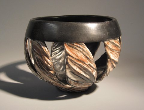 "Carved Pot with Black Rim - 6"" x 8"""